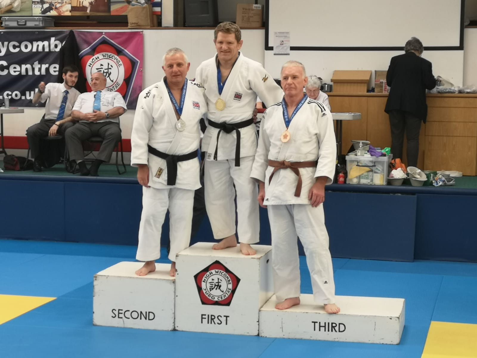 Glenn Judd wins a silver medal at the High Wycombe Master